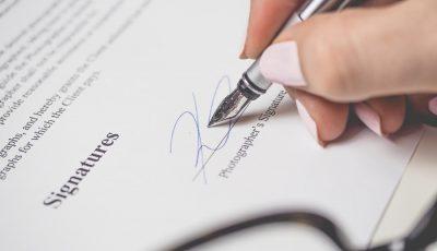 Modelo de contrato de serviços de profissionais autonomos